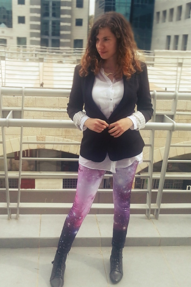 Bullchic- galaxy leggings and black jacket