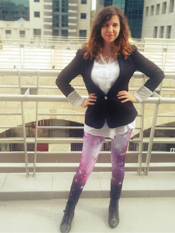 galaxy leggings and black jacket1