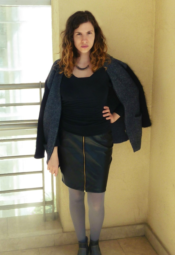 faux leather skirt and two-tone swetaer